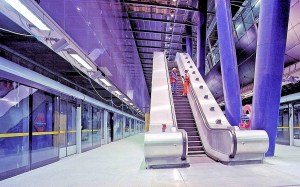 00o-north-greenwich-metro-station-london-02-12-12