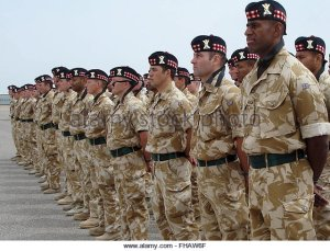 epa00679439-scottish-soldiers-stand-in-ranks-during-a-military-parade-fhaw6f