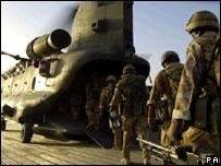 _42046106_troops_203b