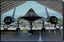 220px-Lockheed_Sr-71