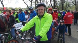 343774-liberal-democrat-leader-willie-rennie-msp-at-pedal-on-parliament-event-april-25-2015-quality-news-im