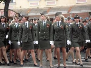 rus-ordusundaki-minili-bayan-subaylar_681217_m
