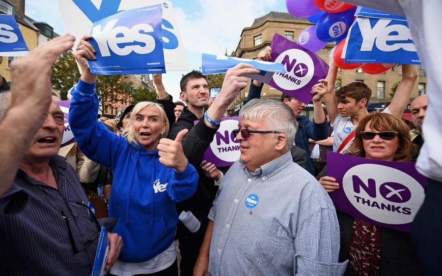 headlineImage.adapt.1460.high.scotland_referendum_090914.1410393609242