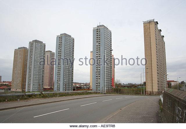 red-road-housing-estate-glasgow-april-2006-ae9tr8
