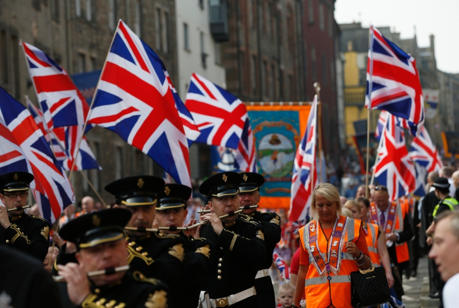 orange-order-edinburgh-parade